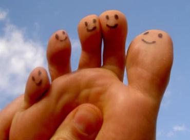 C 39 est bienfait pour vos pieds votre image en lumi re - Coupe des ongles de pieds ...