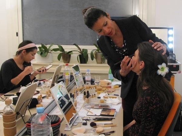 atelier de groupe - auto-maquillage