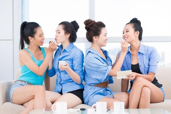 atelier de groupe maquillage à domicile
