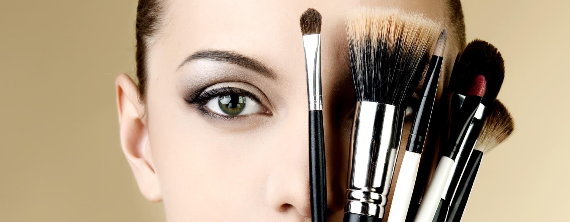 Des conseils maquillage pour valoriser le visage des femmes