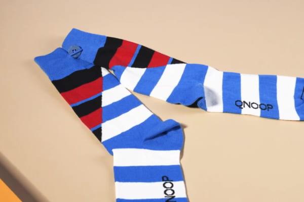 chaussettes écoresponsables avec bouton et boucle Qnoop